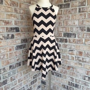 Rue 21 zig zag halter mini dress sz S